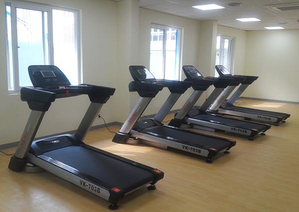 Máy chạy bộ cho phòng Gym VK-703B