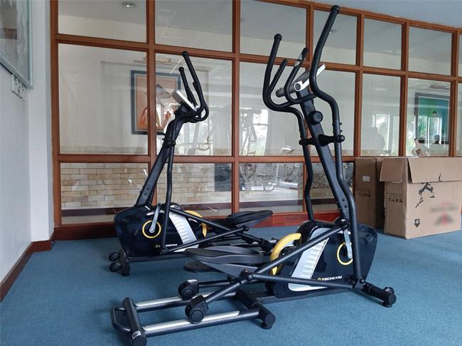Xe đạp tập Gym HQ-1700