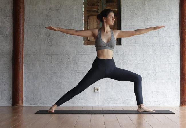 bai tap yoga toan than tu the chien binh 2