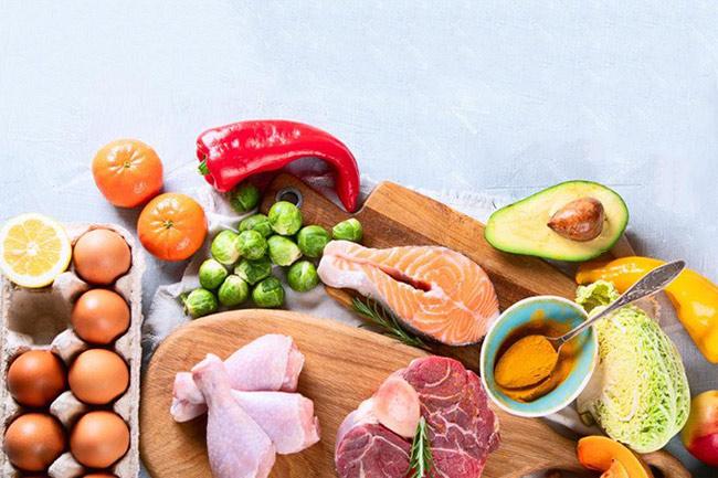 Chế độ ăn ít calo giúp giảm cân