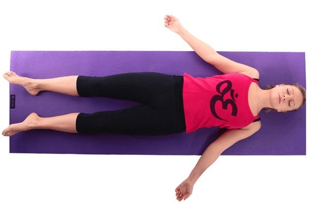 Tư thế Yoga xác chết
